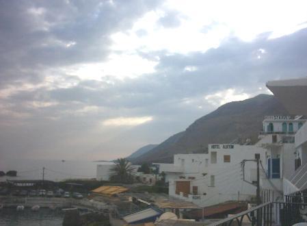 Blik vanaf ons balkon in Chora Sfakion.