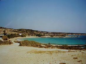 De kustlijn van Donoussa