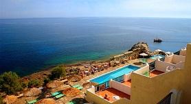 Ikaria, Cavos Bay Hotel
