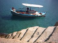 Picture of a boat in Matala.