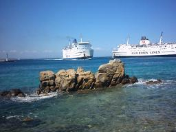 Ferries in the harbour of Mykonos Town