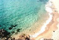 De zee bij Platis Gialos.