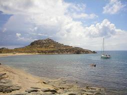 A sailing boat in Agia Anna Bay
