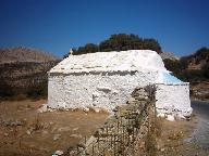 Kerk onderweg van Filoti naar Panermos bay