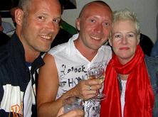 Me, Maxim and Charmian in the Porta bar. Thanx Charmian for your pictures :)!