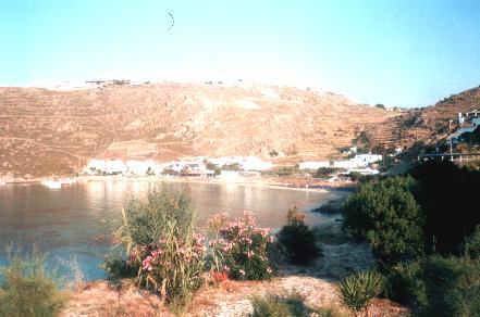 Psarou beach