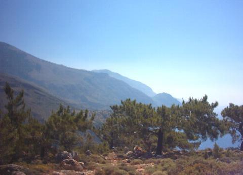 Een blik vanaf een berg bij Sougia.