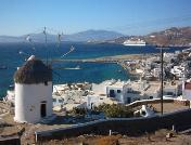 Een windmolen in Mykonos stad