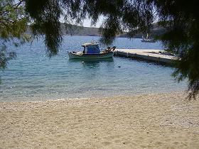 Fourni, Kampi Beach