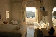 Speires Hotel, Iraklia