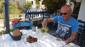 Iraklia, Perigiali taverna
