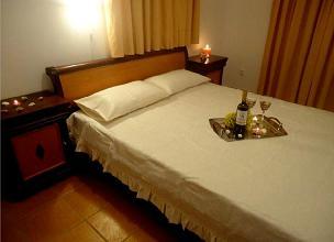 Agnantema Rooms, Iraklia