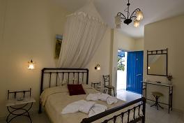 Kimolos, Sardis Rooms