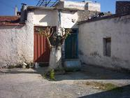 het plein bij de Agios Antonios church.