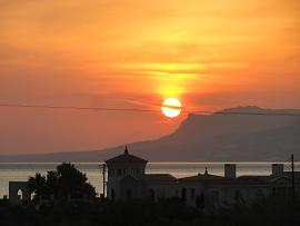 Sunset at Bayview Bungalows Makrigialos, Lagada