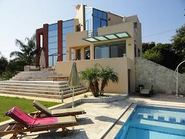 Provarma Hills Luxury Villa in Gerani