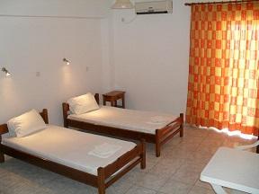 V & CParadise Apartments, Rodakino, Korakas Beach, Crete, Kreta