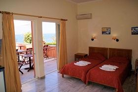 Kanakis Apartments in Petres Beach, Crete, Kreta.