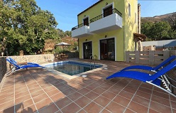 Arhontika Villas in Elos, Crete, Kreta.