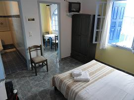 Milos, Soultana Apartments, Rooms and Studios in Pollonia