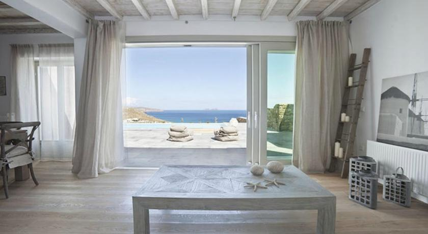 kalafatis beach het strand dan kalafatis op mykonos in griekenland. Black Bedroom Furniture Sets. Home Design Ideas