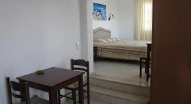 Esperides Apartments in Mykonos, Platis Gialos Beach