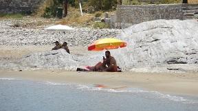 Apollonas beach