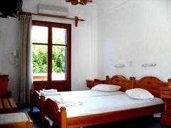 Paros Hotels, Helliniko Hotel in Parikia