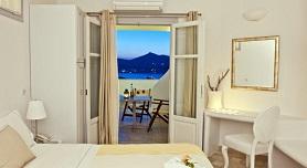 Paros Hotels, Yades Studios & Apartments in Naoussa