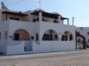Hotel Villa Nefeli, Perissa Beach, Santorini