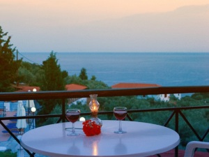 Skopelos, Ostria Hotel