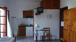 Pagonis Studios Skyros in Magazia beach, Skyros