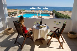 Vina Beach Hotel in Pouria, Skyros