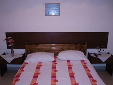 Agnes Rooms, Kini Beach, Syros