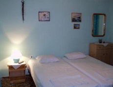 Agnes Rooms, Kini Beach, Syros