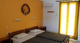 Villa Katerina Studios & Apartments, Azolimnos Beach, Syros