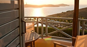 Sunrise Beach Suites, Azolimnos Beach, Syros