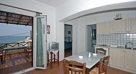 Reggina's Apartments - Poseidonia, Finikas, Syros