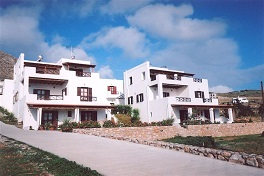 Plakourakia Apartments in Finikas, Syros