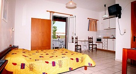 Letta's Apartments - Episkopis, Finikas, Syros