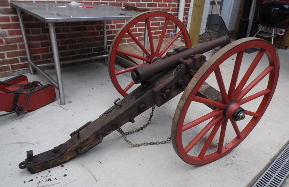 Wouldn T You Love To Have A Cannon In Your Back Yard